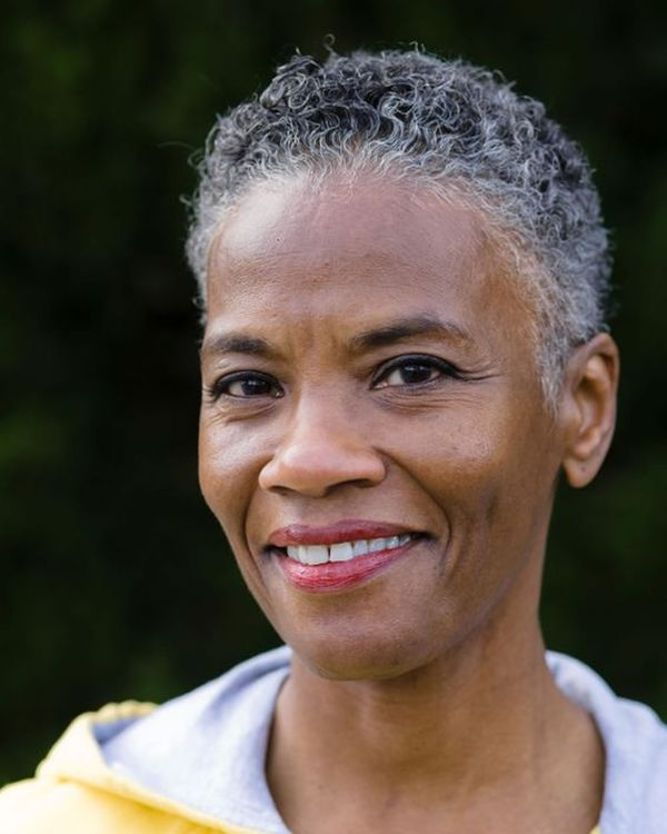 Cool styles for older black women with short hair 2