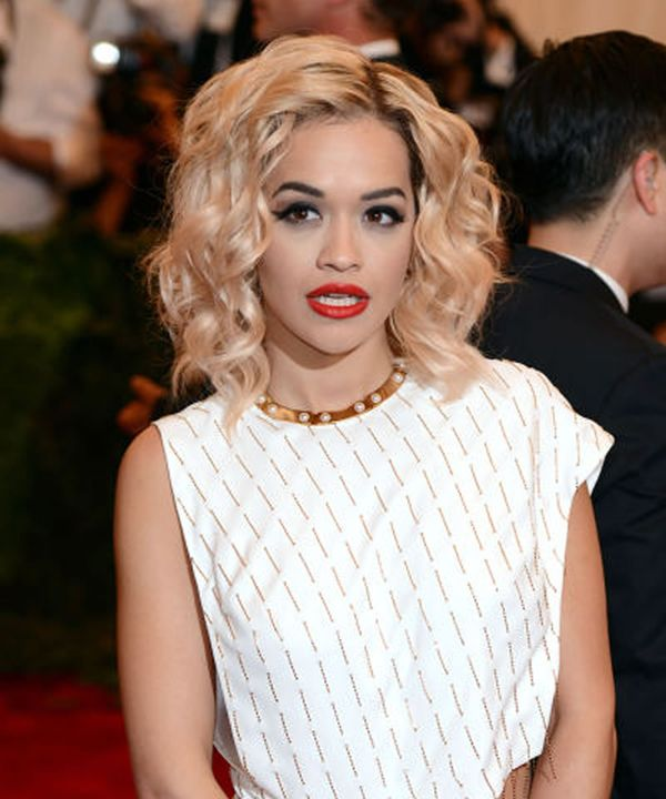 Short wavy hairstyles for African American women 2
