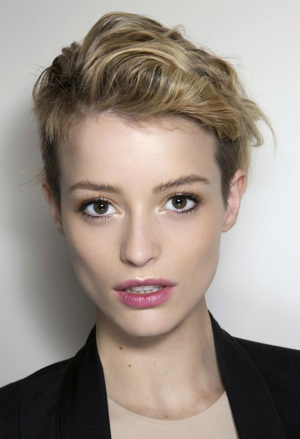 Women's Hairstyles for Very Short Hair 2