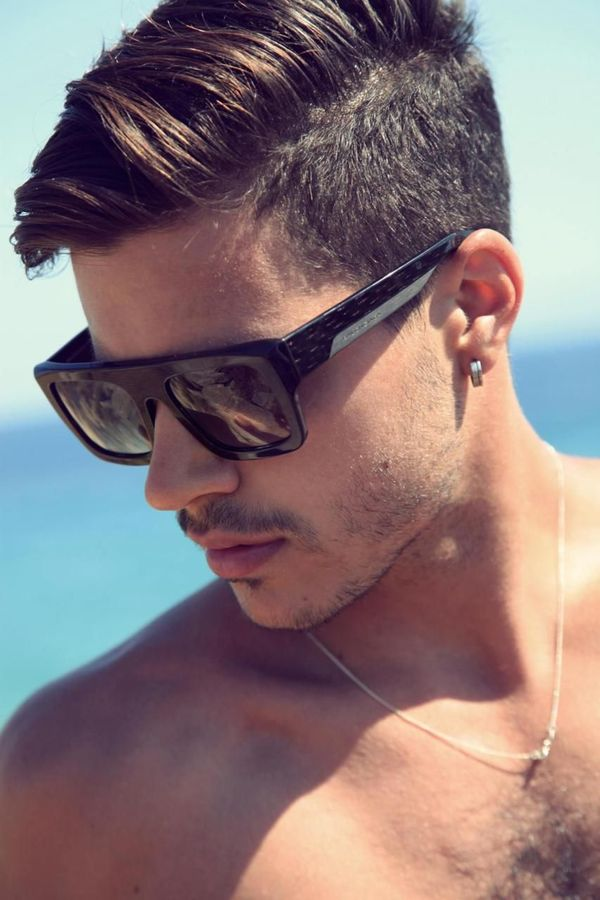 Trendy Mens Haircuts with Long Top Short Sides 4