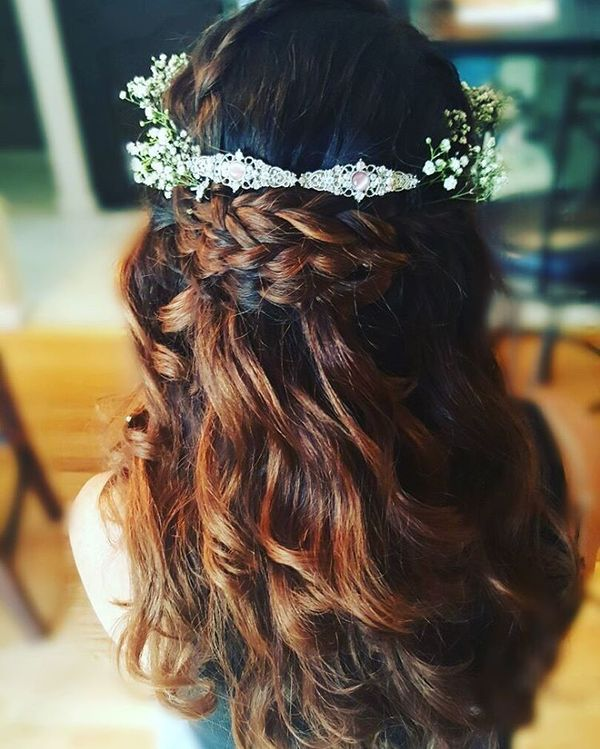 Chic Bohemian Hairstyles with Curls 2