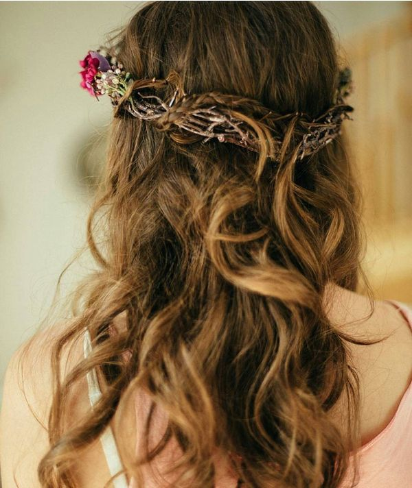 Chic Bohemian Hairstyles with Curls 3