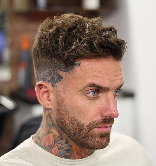 Best Men's Haircuts for Curly Hair 4