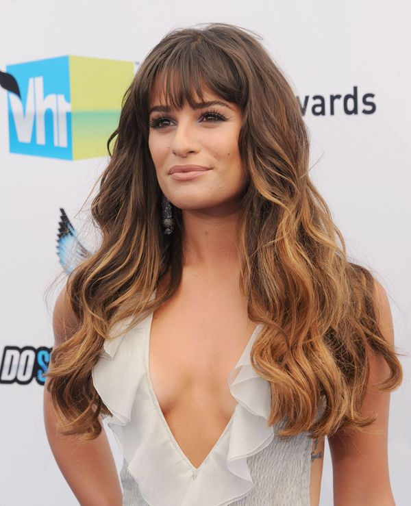 Cool long layered hairstyles with full front bangs 3