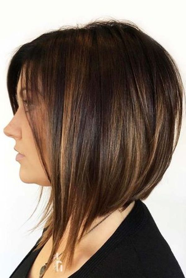 Medium Length Stacked Hairstyles 4
