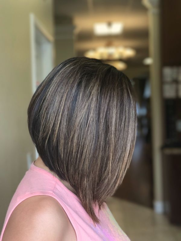 Stacked Inverted Bob Style 4