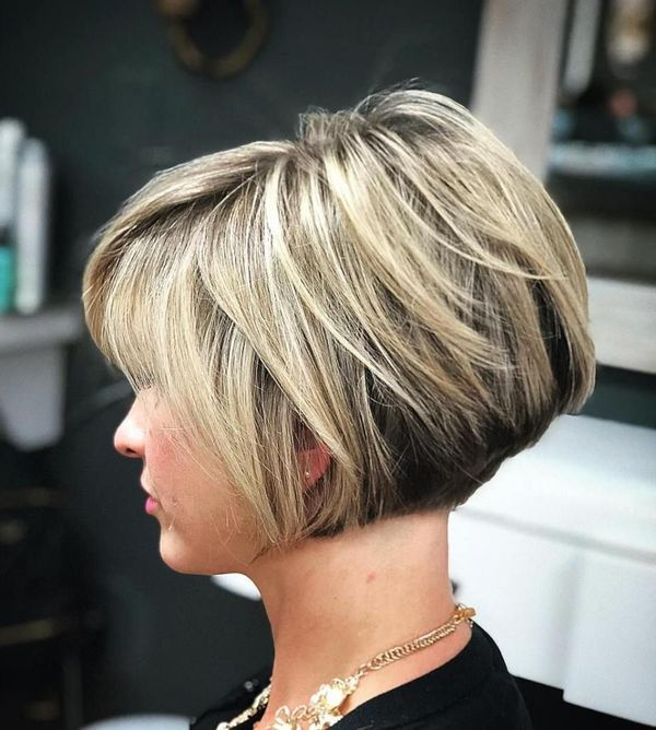 Stylish Stacked Layered Bobs 4