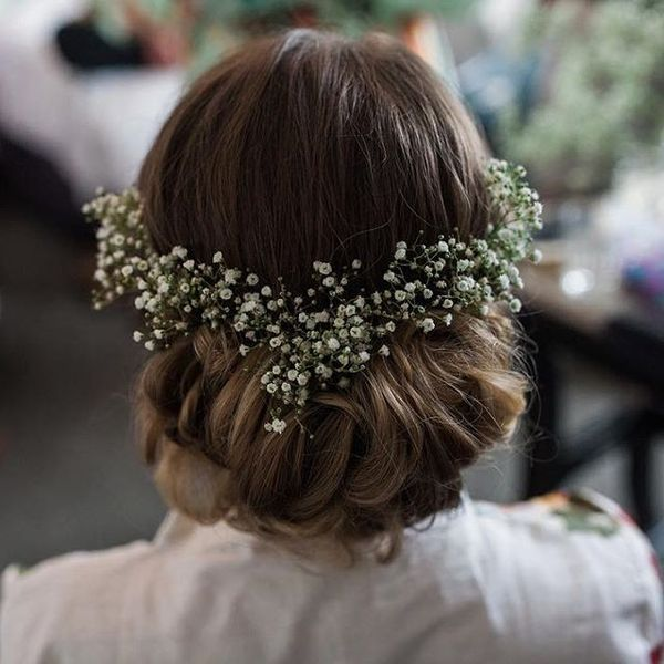 Magnificent Wedding Hairstyles With Flower On Long Hair11