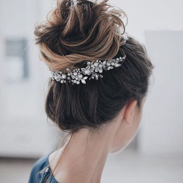 Popular Wedding Hairstyling Ideas For Long Hair11