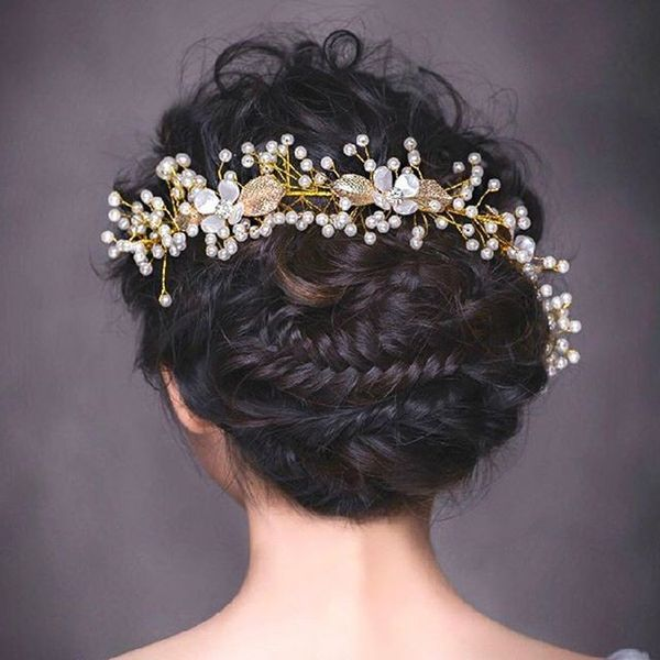 Popular Wedding Hairstyling Ideas For Long Hair12