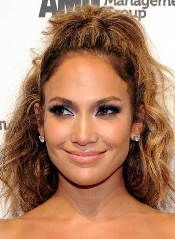 Simple Hairstyle Messy Curly Half Ponytail Style 1