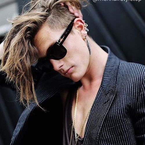Stylish long haircuts for hipster guys 4