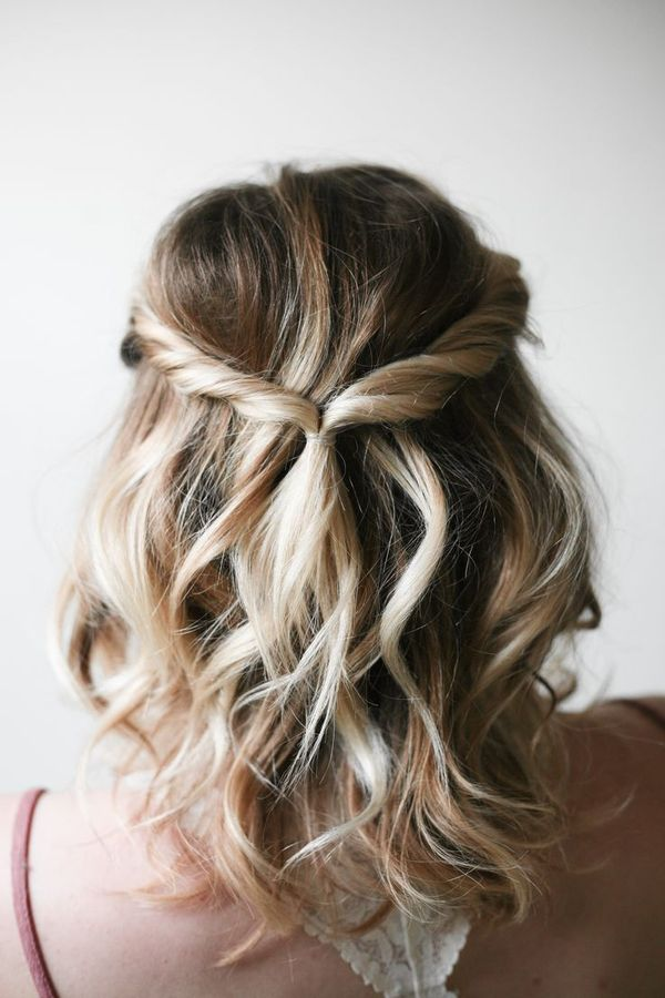 DIY Updo For Medium Length Hair You Can Wear To Prom 1