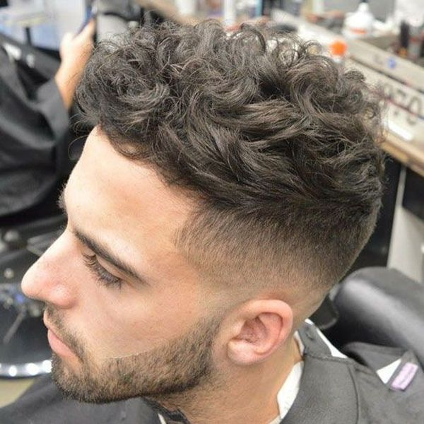 Mens Messy Hairstyles For Wavy Hair 4