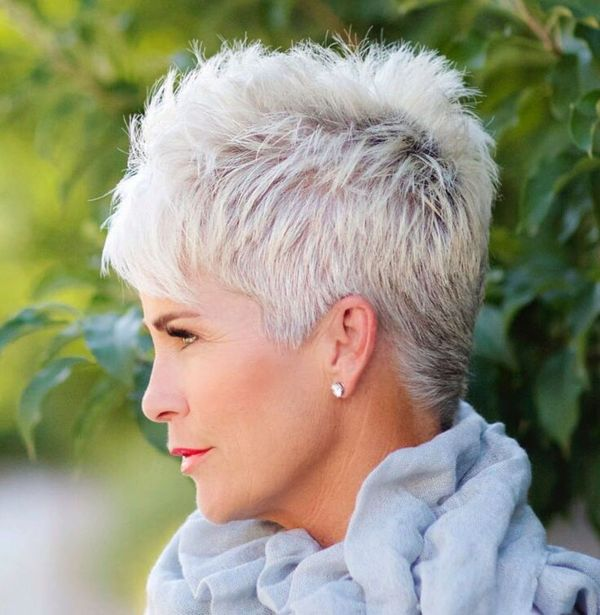 Trendy Short Spiky Haircuts for Women Over 50 1