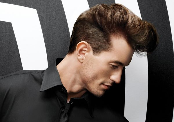 Best 1950 Haircuts for Guys with Medium Length Hair 1