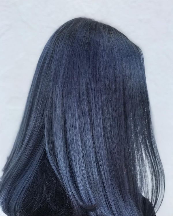 Hairstyles with slightly bluish black hair color 5