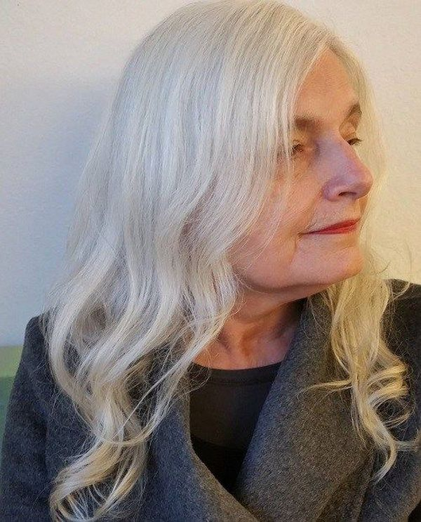 Best Hairstyles For Women Over 70 May 2020