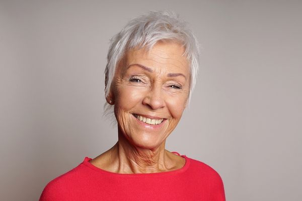 Easy Short Haircuts for Women over 70 5