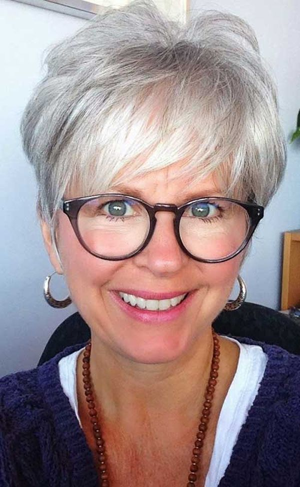 Trendy Female Hairstyles for Ladies over 70 with Glasses 3
