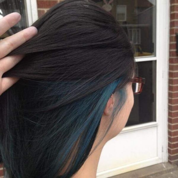 How about black hair with blue highlights? 4