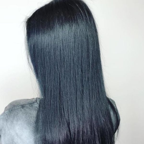 Beautiful black hair with blue tint 1