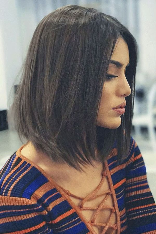 Alluring straight lob hairstyles  2